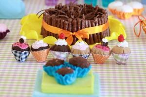 Foto para e-commerce Bolo e cup cakes